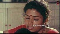 Velaikaari sexyana mulaiyai kaamikiraal