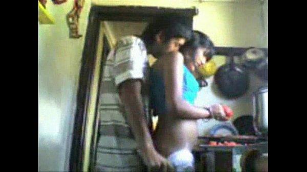 Amma maganudan samaithukonde sexyaaga ookiraal - Sex videos