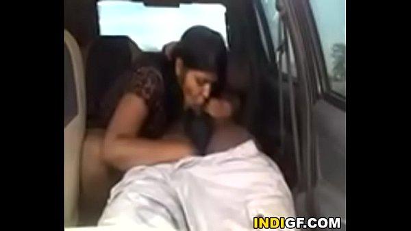 Tamil vibachaari sunniyai umbi ookiraal - Tamil sex videos