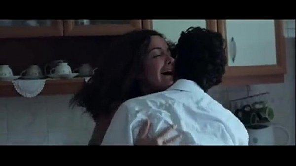 Magan ammavai varpuruthi kathara ookiraan - sex movies
