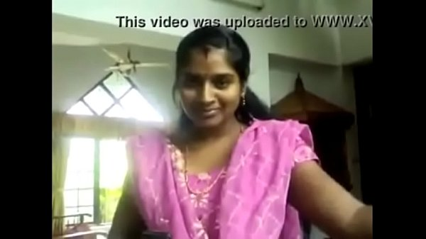 Veetu velaikaariyai nightyai thuki paiyan ookiraan - Homemade sex video