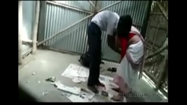 Maanavanai sappi ookum kaama veri teacher - Hidden cam sex video