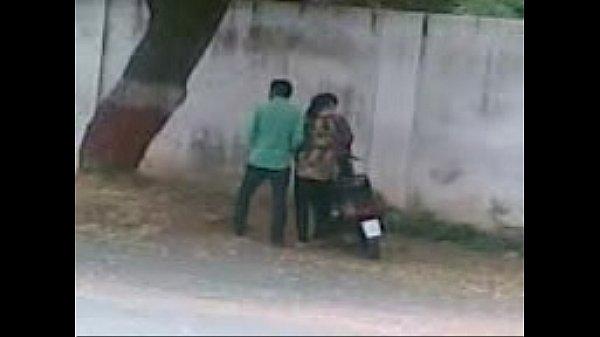 Vaathiyaar maanaviyai rotil vaithu kuthiyil ookiraar - Hidden cam video