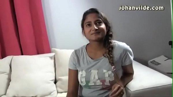 Veetu manaivi kaama padathil nirvaanamaaga ookiraal - sex video