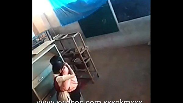 Palli maanavi pavithra sexyaaga teacherudan ookiraal - Hidden cam