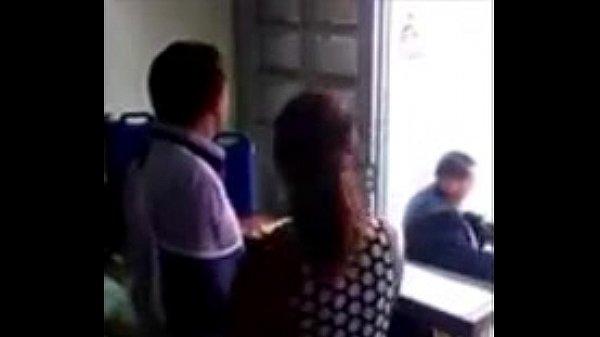 Aunty sexyaaga sunniyai kutha vaithu umbi vidugiral - sex video