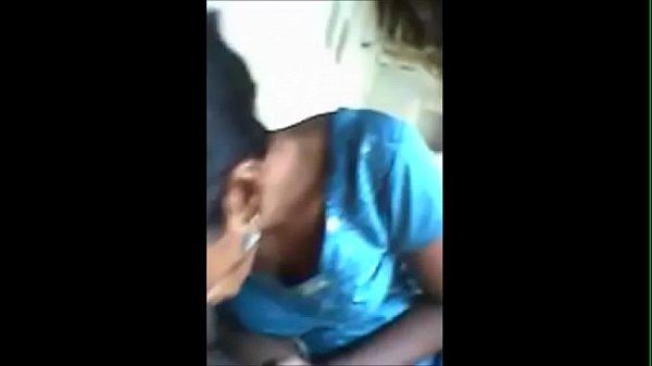 Paal varum mulaiyai thadavi sexyaaga anniyai ookiran - sex video