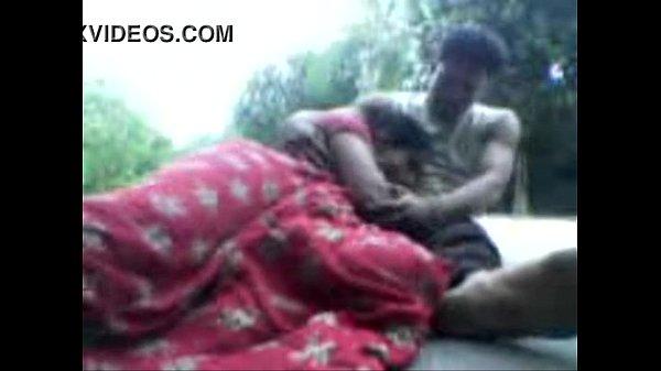 Rice millil velai parkum aanin sunniyai sappi ookiral - sex video