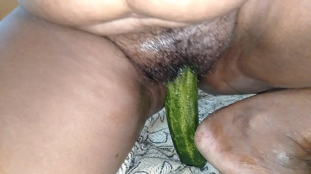 koothiyil cucumber kamasugam