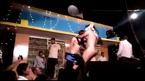 sexy-dance-in-public