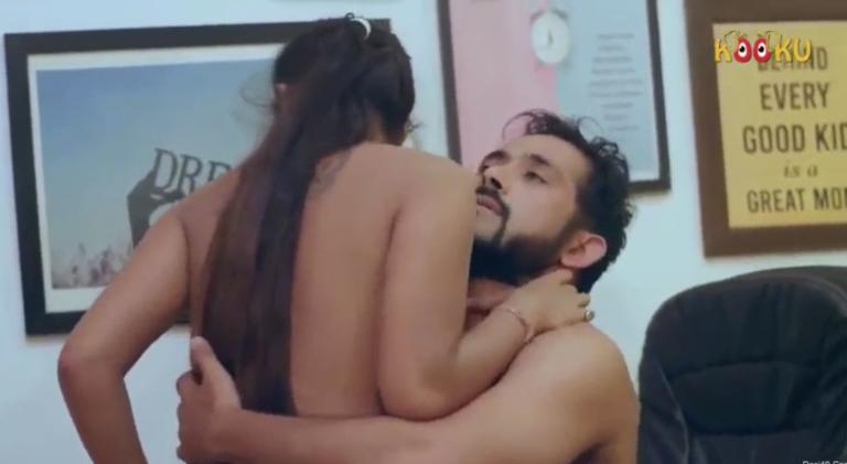 Secretary pennai manager sofavil vaithu adikum tamil office sex