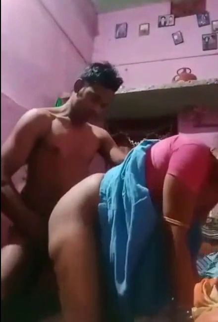 College paiyan madurai village aunty udan tamil doggy sex