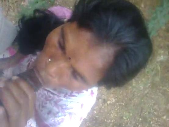 Madurai vibachaari kaatil oombi kanju edukum tamil sex padam