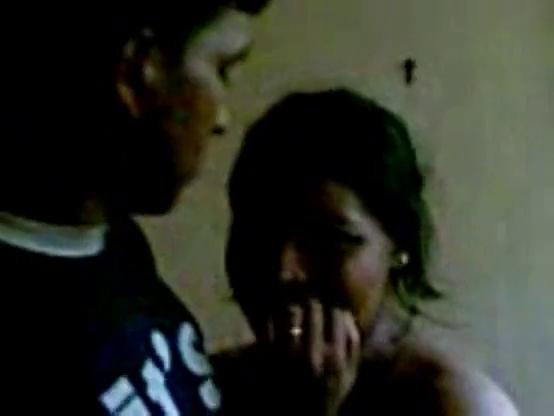 Gramathu pennai paduka pottu ookum tamil village sex video