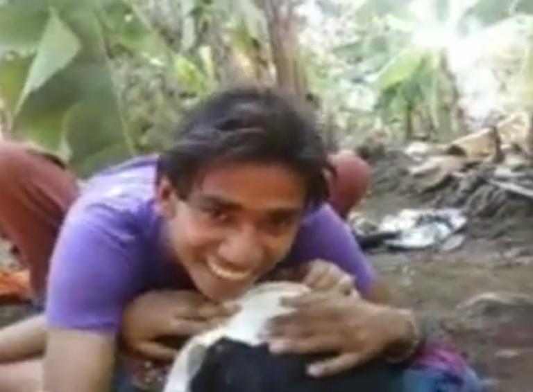 Vazhai thoppil kadhali tamil outdoor sex live