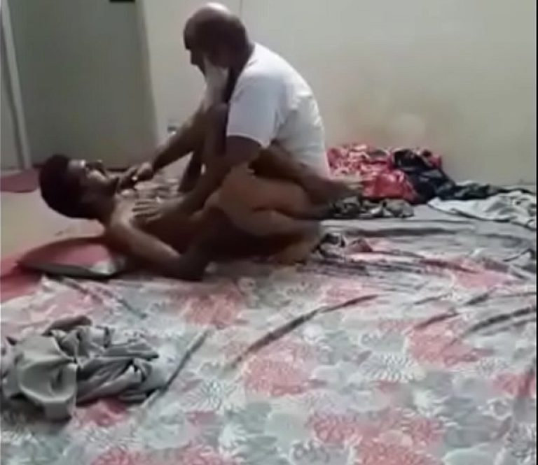 Appa magan soothil oothu sunni kanjai irakum tamil gay sex videos