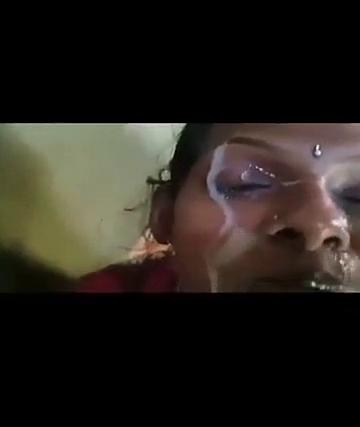 Tamil vibachaari mugathil kanju adithu ootrum tamilkamaveri sex video