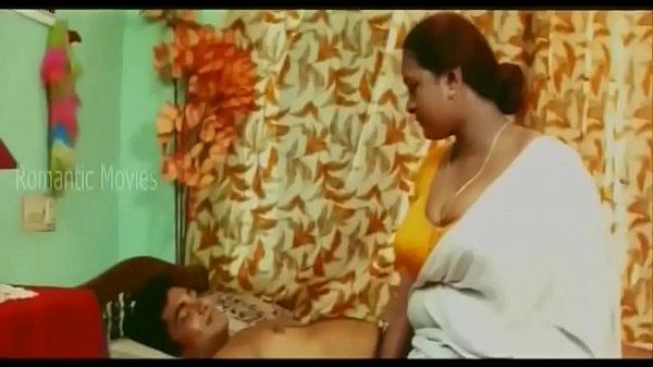 Ilamaiyaana paiyan mallu mulaiyai thadavi sex seiyum shakeela sex padam