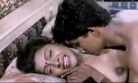 Anniyai katipotu mulai sappi moodu eatri sex seiyum tamil sex movie
