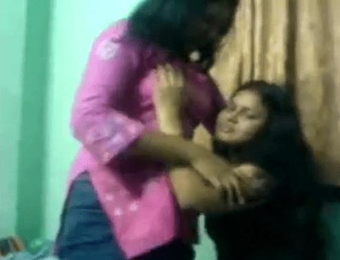 Iru pengalai katipidithu mulai pisaiyum tamil lesbian sex videos