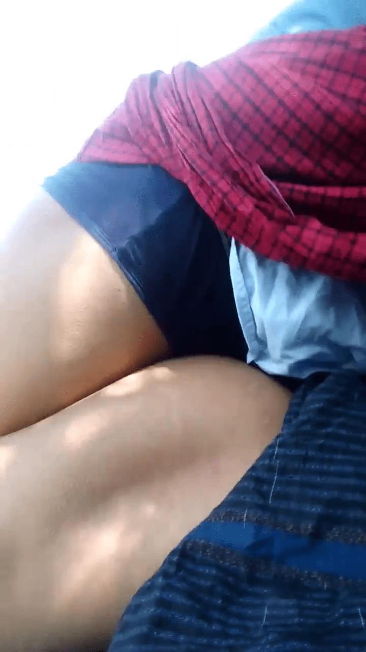 Sexyaaga soothil oothu munara vaithu kanjai irakum tamil gay sex videos