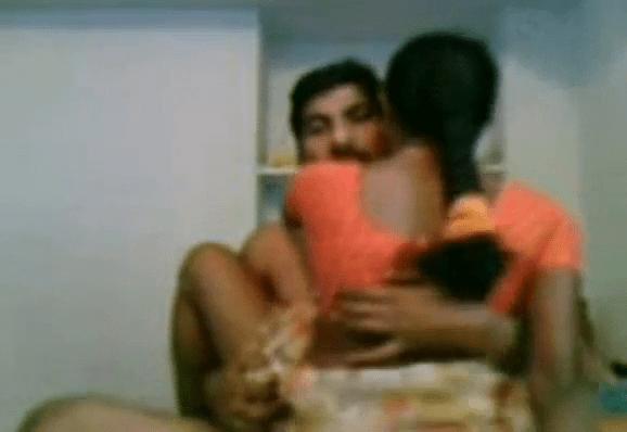 Dharmapuri manaiviyai oomba vaithu oothu kanju irakum tamil wife sex video