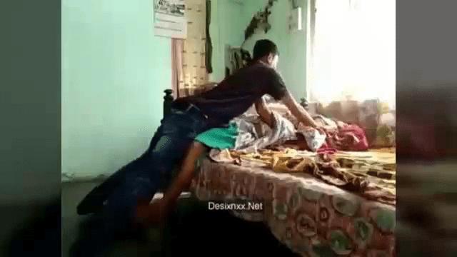 Anan ilatha pozhuthu sexyaaga oothu kanju irakum tamil anni sex videos