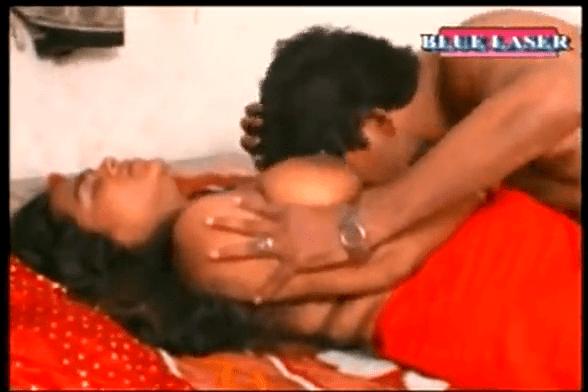 Sexy mallu movies nanbanin manaivi karupu mulai sappi sex seigiran