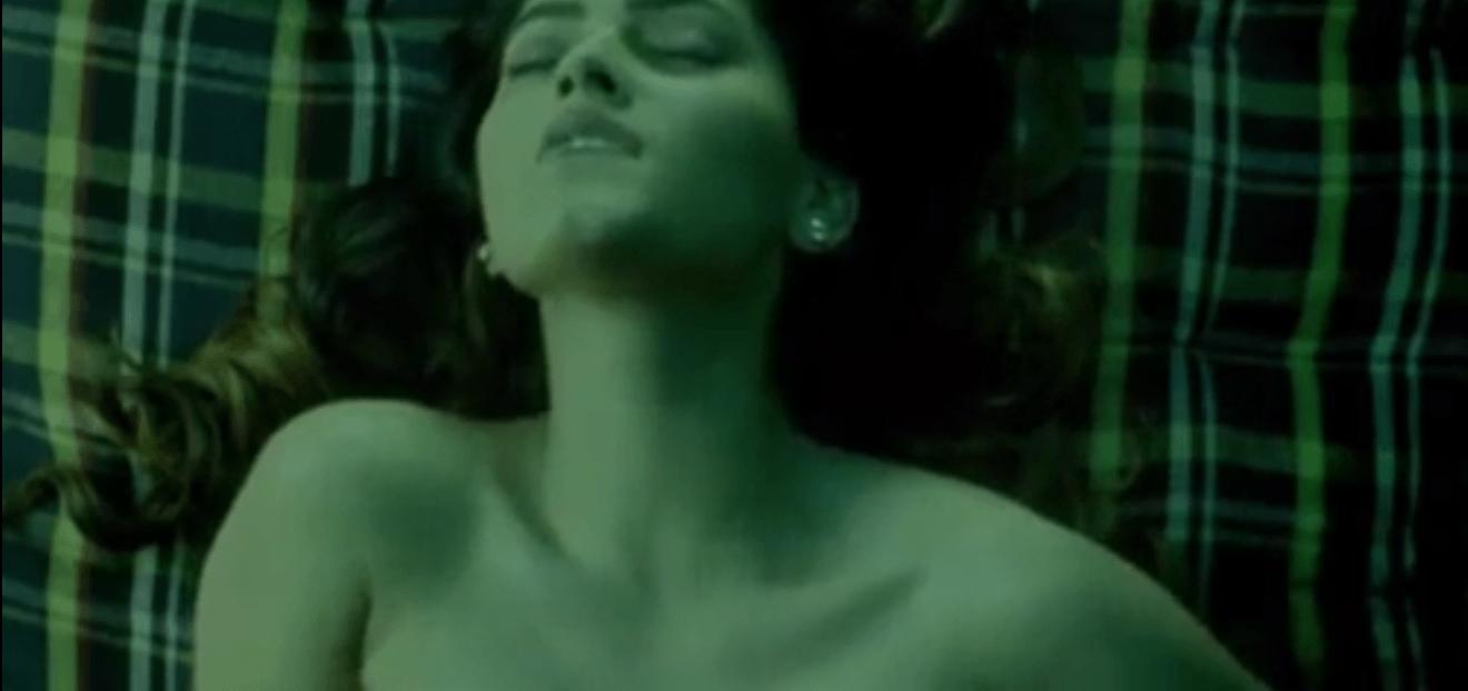 Hostel girl friends veettil night tamil lesbian sex