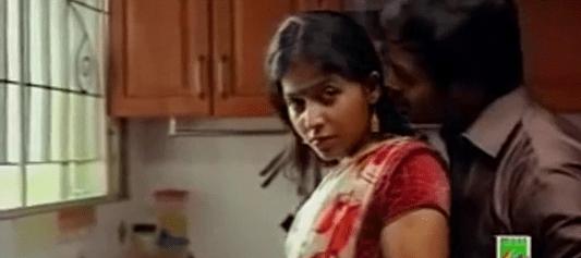 Anjali nadigaiyai thadavi moodu eatrum tamil sex padam