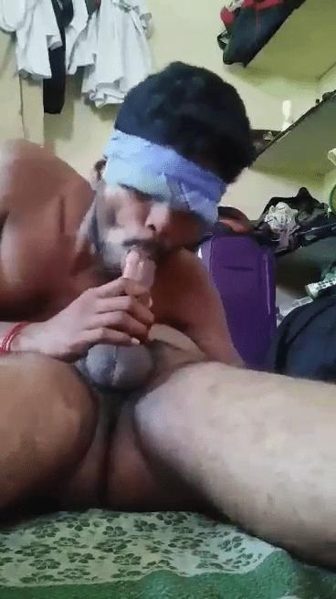 Chennai gay aan sexyaaga sunniyai oombum tamil gay sex videos