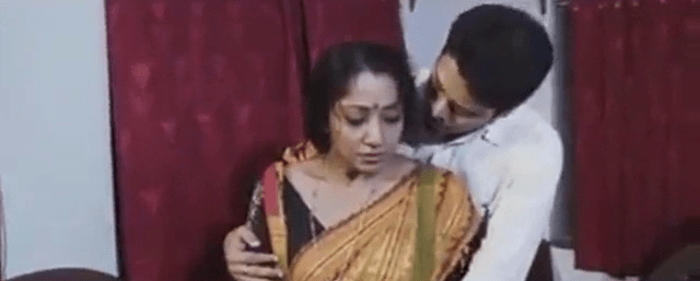Tamil mom sex magan ammavai sex seiyum videos