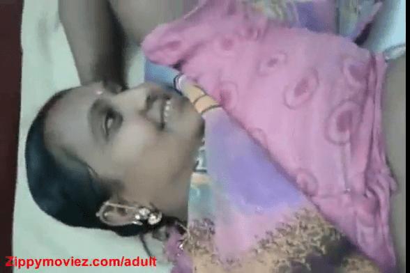 Veetu velaikariyai padukaiyil potu ookum tamil maid sex videos