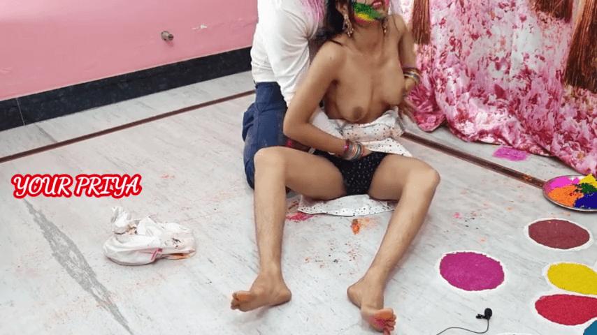 White chudithar sister koothiyil holi kondadiya tamil incest videos