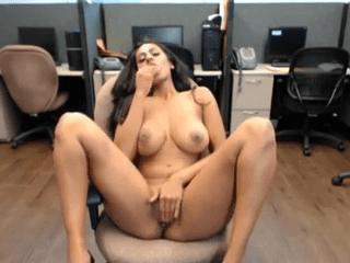 Officeil suyainbam reshma tamil heroine nude video call