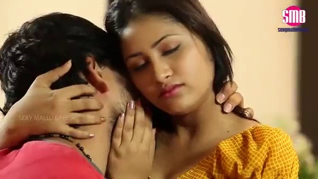 Tamil sex movie morning wife boobs parthu moodu aagi sex seigiran