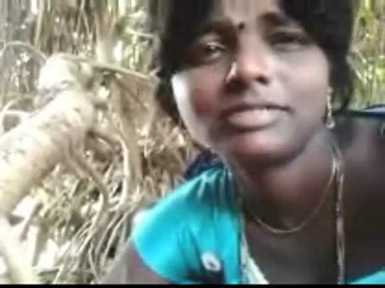Salem village wife semaya oombi ookum tamil sex video