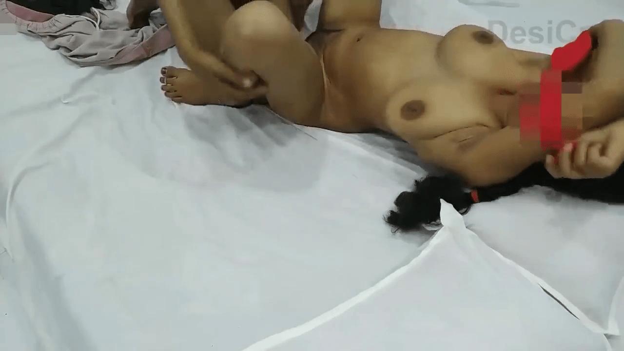 OYO roomil village tamil college girls sex videos