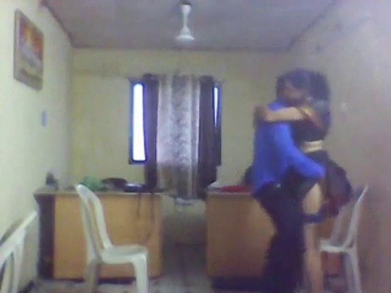 Office manager udan wife ookum sexy tamil video