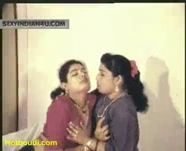Aunty big boobs sappi sex seiyum tamil lesbian sex video