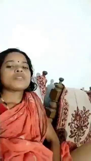 Pondicherry housewife sari thuki viral podum sex video