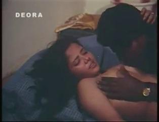 Sonthakara mallu pennai okkum B grade tamil porn movies