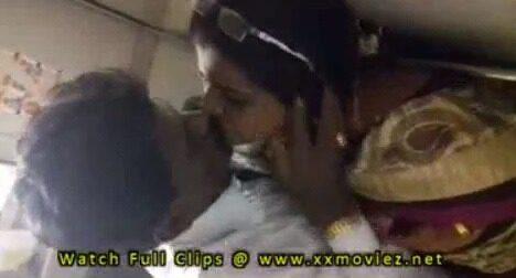 Trainil aunty big boobs pisaiyum latest tamil sex videos