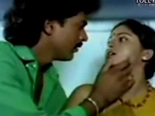 Tranil vayathu pennai sex seiyum tamil hot movies