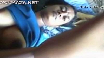 College pennai oothu kiss seiyum tamil village sex video