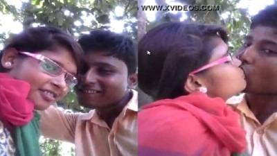 Salem college pen romance panum tamil kiss video