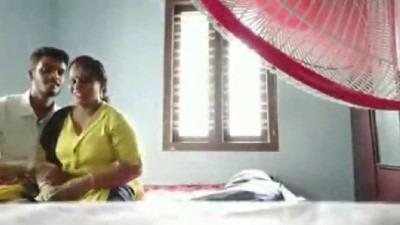 39 age tamil aunty ilam aanai sex seiyum romance sex video