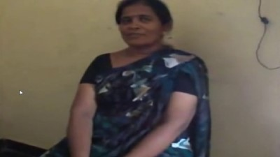 Tamil teacher sex aunty pool oombi ooka kuthi katugiraal