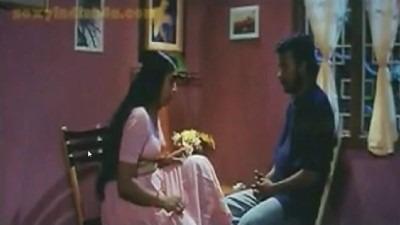 Tamil sex padam iravil sema moodaga sex seiyum couple