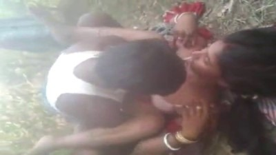 Tamil group sex village pennai sexiyaaga ookiraargal